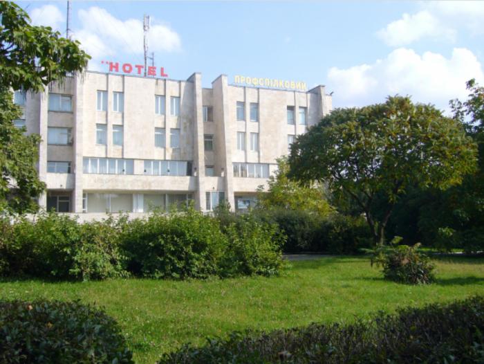 Поблизу приміщення готелю «Профспілковий» планують облаштувати сквер