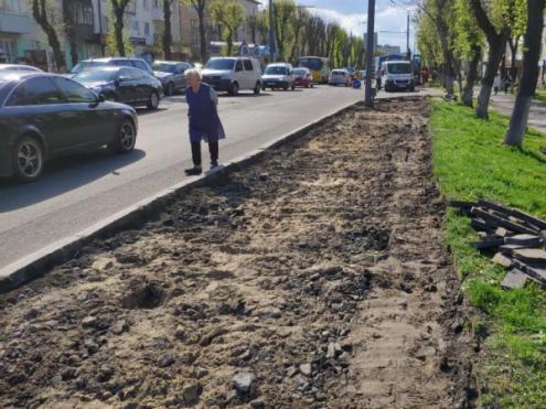 Розпочали ремонт проспекту Волі: де буде перекритий рух