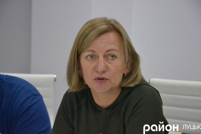 Олена Звєрєва