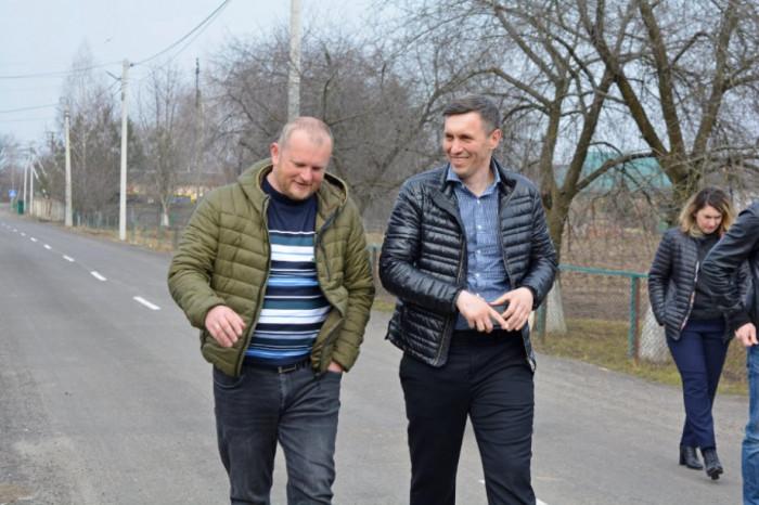 Під час Дня депутата із старостою с. Липини Олександром Куцем (березень 2021 р.)