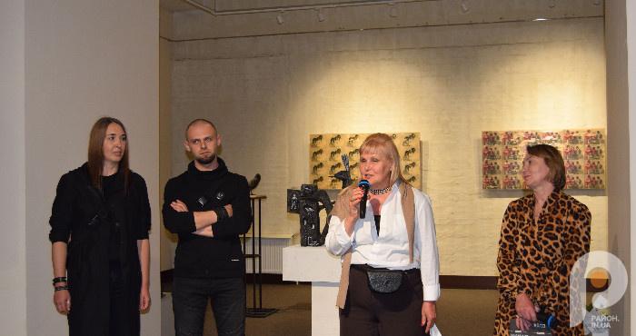 Констянтин Зоркін та Оксана Солоб представляють свої роботи