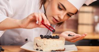 На роботу у Брище шукають кухарів та кондитерів