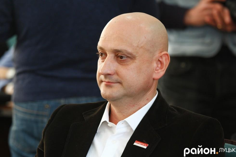 Євгеній Ткачук ще до початку виборів до місцевих рад був переконаний, що за нього проголосують. Цього разу він приєднався до Солідарності