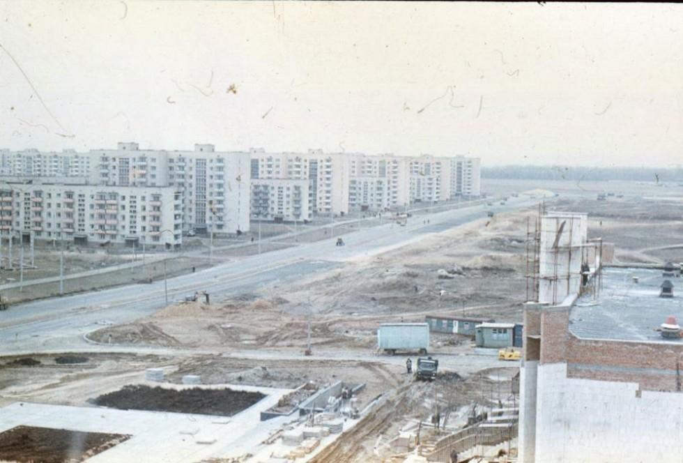 Недобудований проспект Соборності. Справа будують РАГС