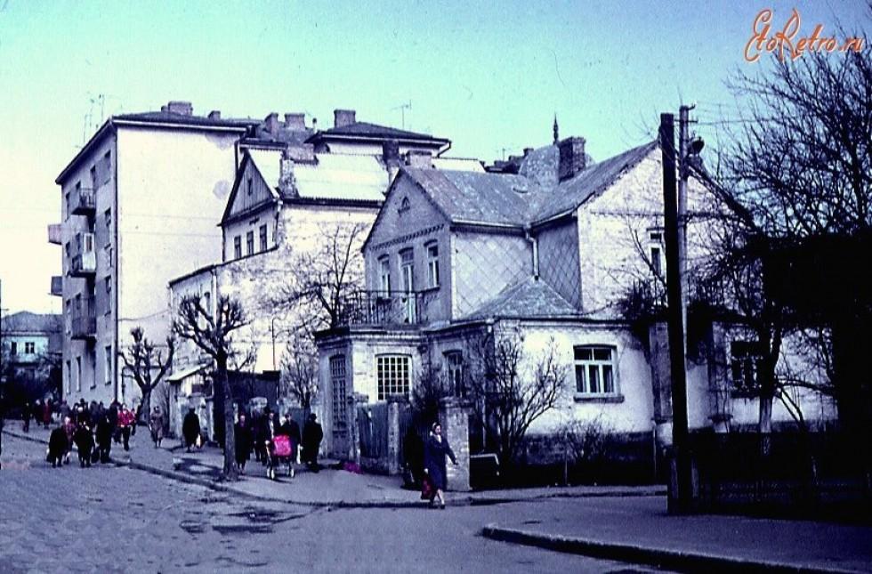 Сучасна вул. Сенаторки Левчанівської, 1982