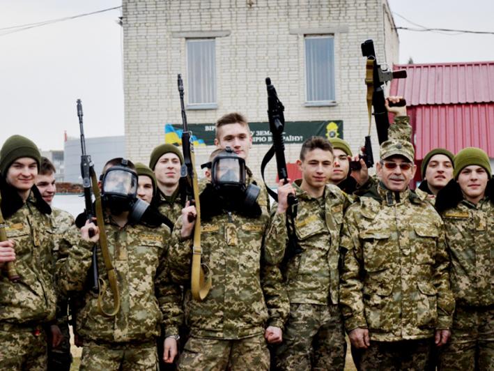 Вихованці Волинського обласного ліцею із посиленою військово-фізичною підготовкою імені Героїв Небесної Сотні