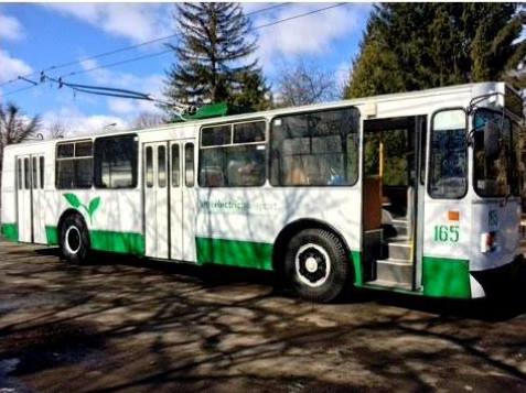 відремонтований тролейбус