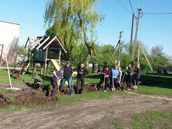 Активісти села Милуші