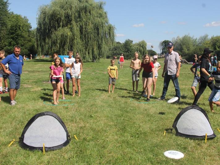 У Луцьку на центральному пляжі парку провели спортивний фестиваль для дітей