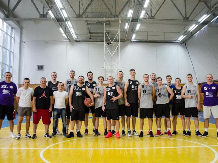 Положинський потренувався з баскетболістами