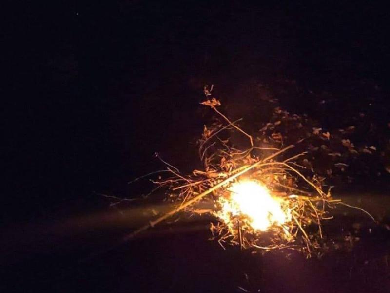 На Карбишева муніципали гасили вогонь