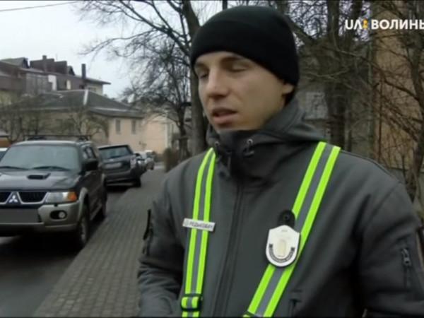«Люди просто не хочуть правильно паркувати автомобіль»: як муніципали борються з водіями-порушниками