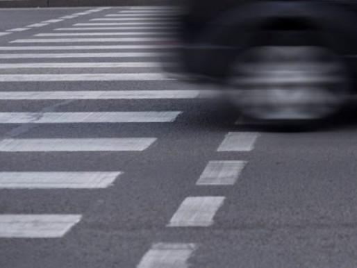 Судили водія, що збив двох людей на переході
