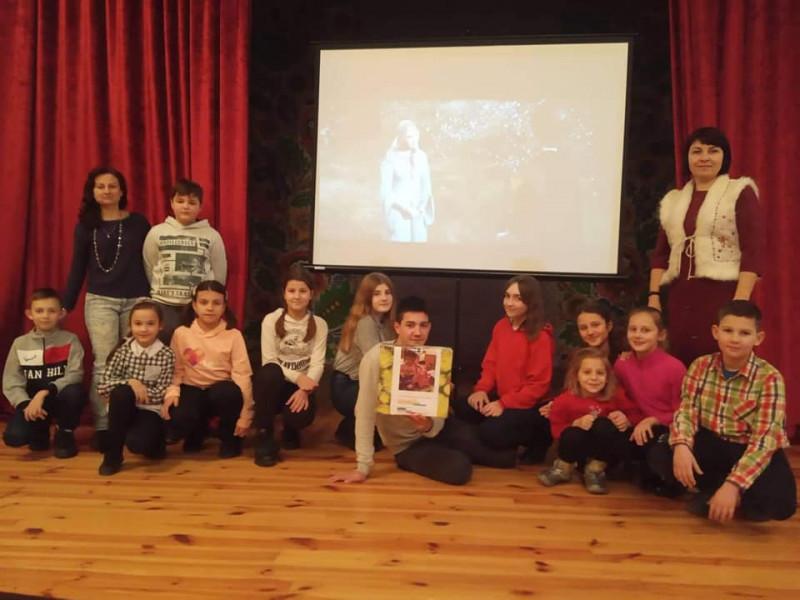 У Княгининку під час перегляду фільму зібрали допомогу для онкохворої дівчинки