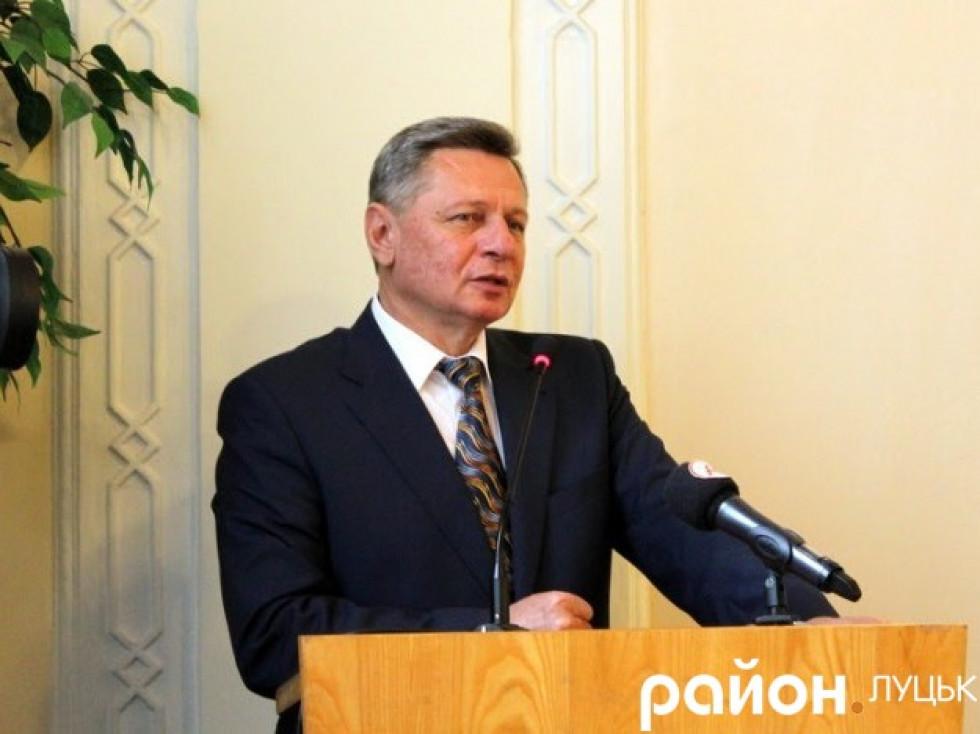 Микола Романюк на врученні посвідчення міського голови