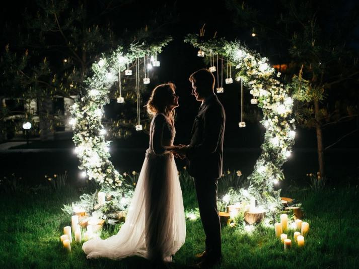 У День закоханих лучани зможуть одружитися вночі