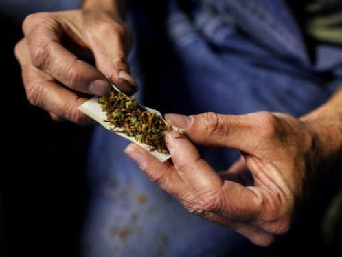 У Луцьку на вулиці Глушець виявили юнака з наркотиками