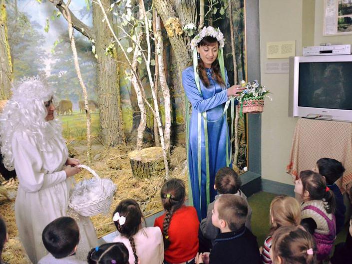 Краєзнавчий музей запрошує маленьких лучан на проводи зими