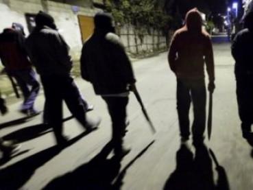 У Луцьку група злочинців напала на чоловіка та відібрала 179 тисяч гривень