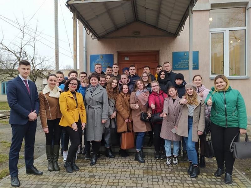 Працівники юстиції показали луцьким студентам свою роботу
