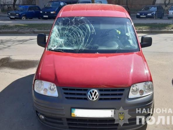 На вулиці Кравчука у Луцьку під машину втрапив 54-річний пішохід