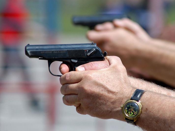 У Луцьку підстрелили дівчину-підлітка