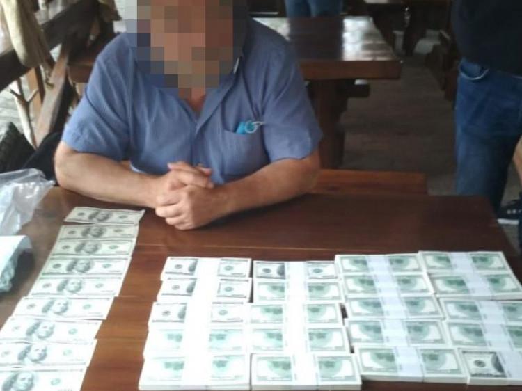Лучанин видурив у чоловіка 200 тисяч доларів