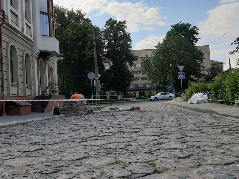 У Старому місті замінять зруйновану «трилінку»