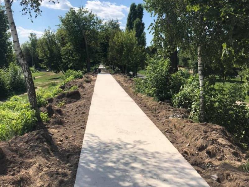 У Луцьку ремонтують дамбу, яка з'єднуватиме Старе місто і Центральний парк