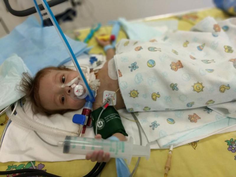Помер маленький Максимко Грицишин, який переніс пересадку печінки