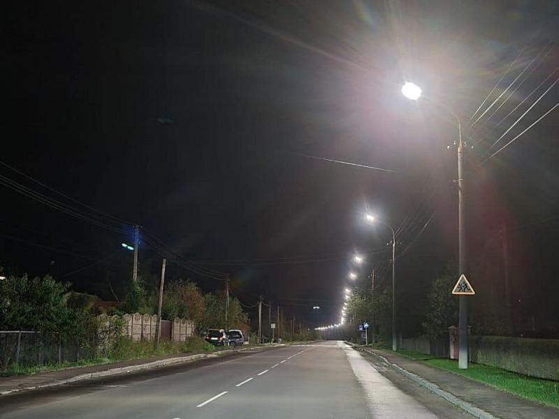 На вулиці Героїв УПА– нове освітлення
