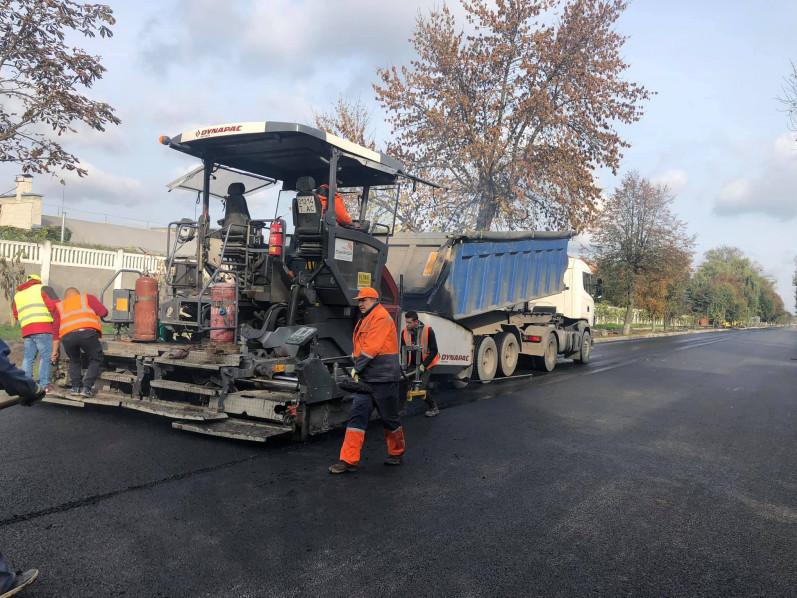 На Ківерцівській врешті завершують ремонт дороги