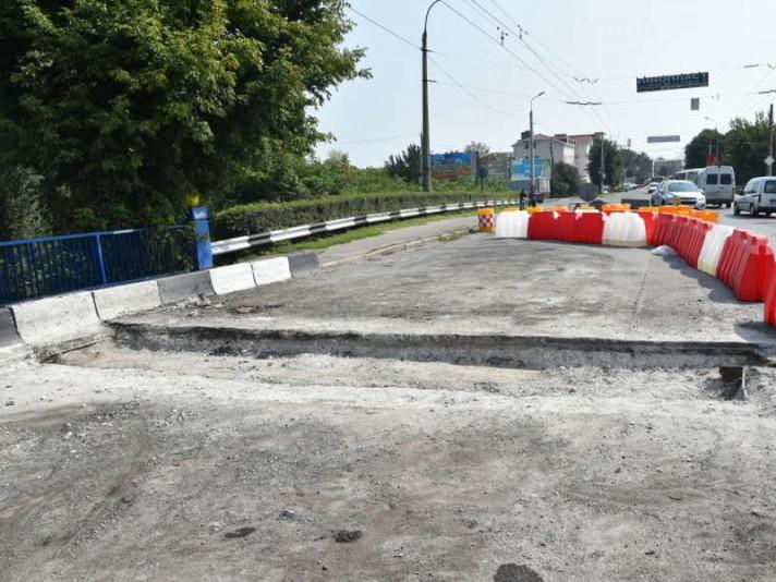 Повідомили про підозру підприємцю, який«відмивав» гроші на ремонті мосту у Луцьку