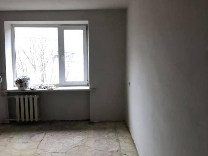 Як ремонтують частину гуртожитку №3 у Луцьку