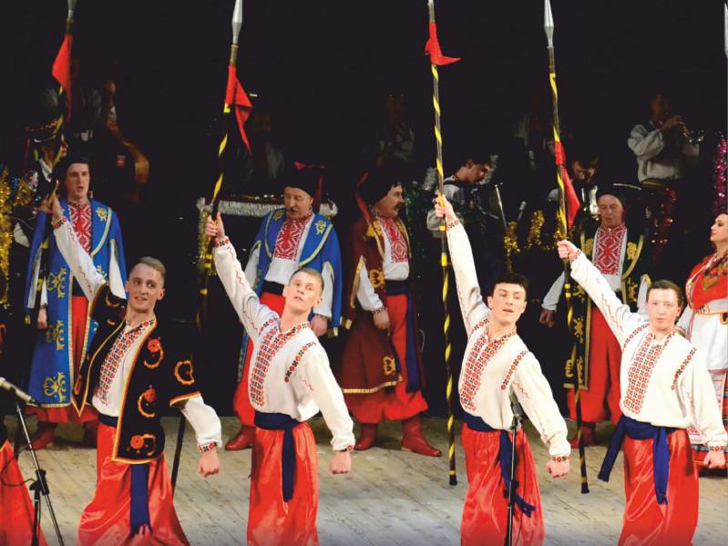 Волинський народний хор запршує на музичну виставу