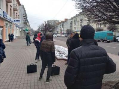 У центрі Луцька затримали двох чоловіків