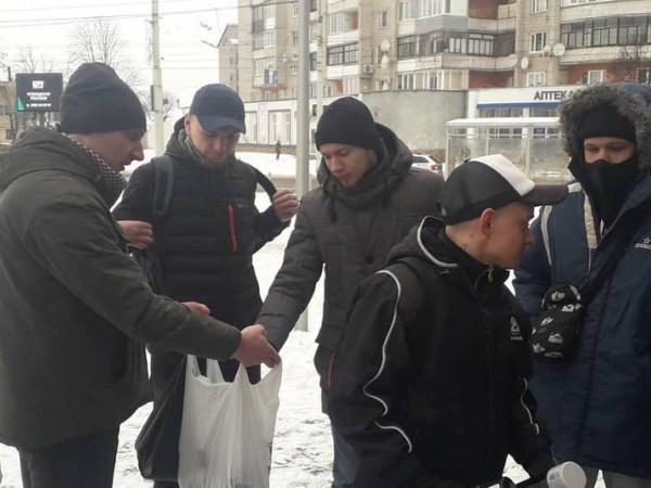 У Луцьку зафарбували сотню інтернет-адрес з продажу наркотиків