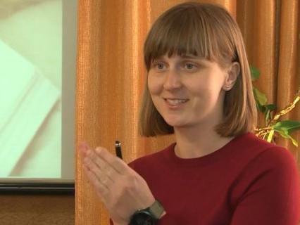 Луцька вчителька безкоштовно готує школярів до ЗНО з історії