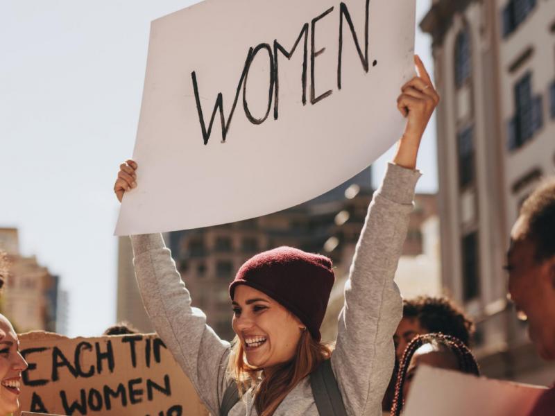 Лучан та лучанок запрошують на Марш жінок проти насильства