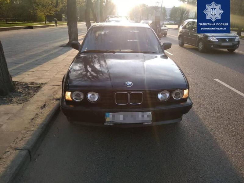У Луцьку п'яний водій BMW під час руху на проспекті Волі створиваварійну ситуацію