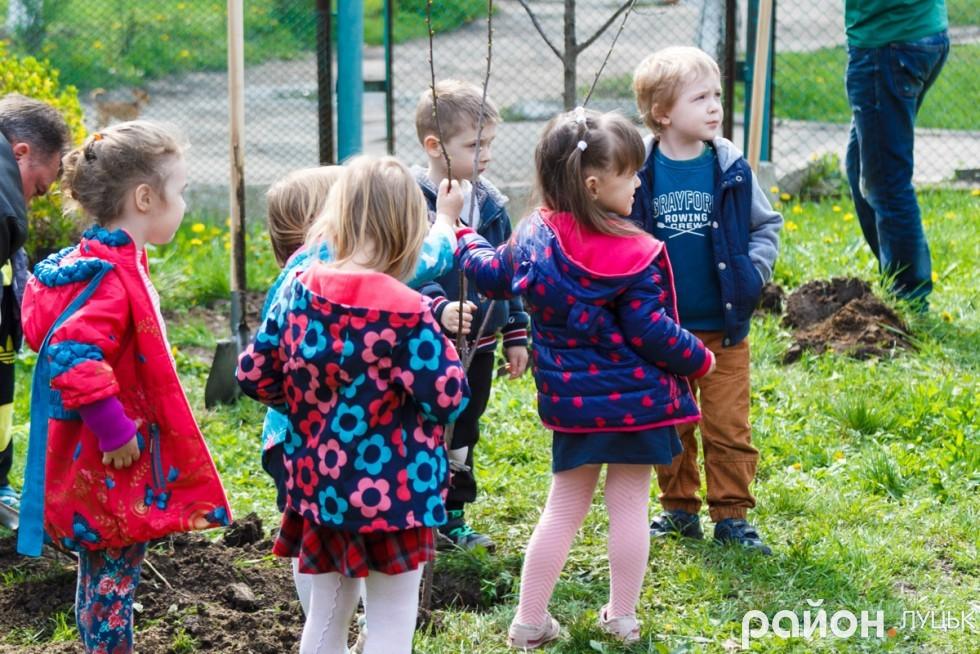 """Вишневий сад у дитсадку """"Радість"""" (ФОТО), фото-17"""