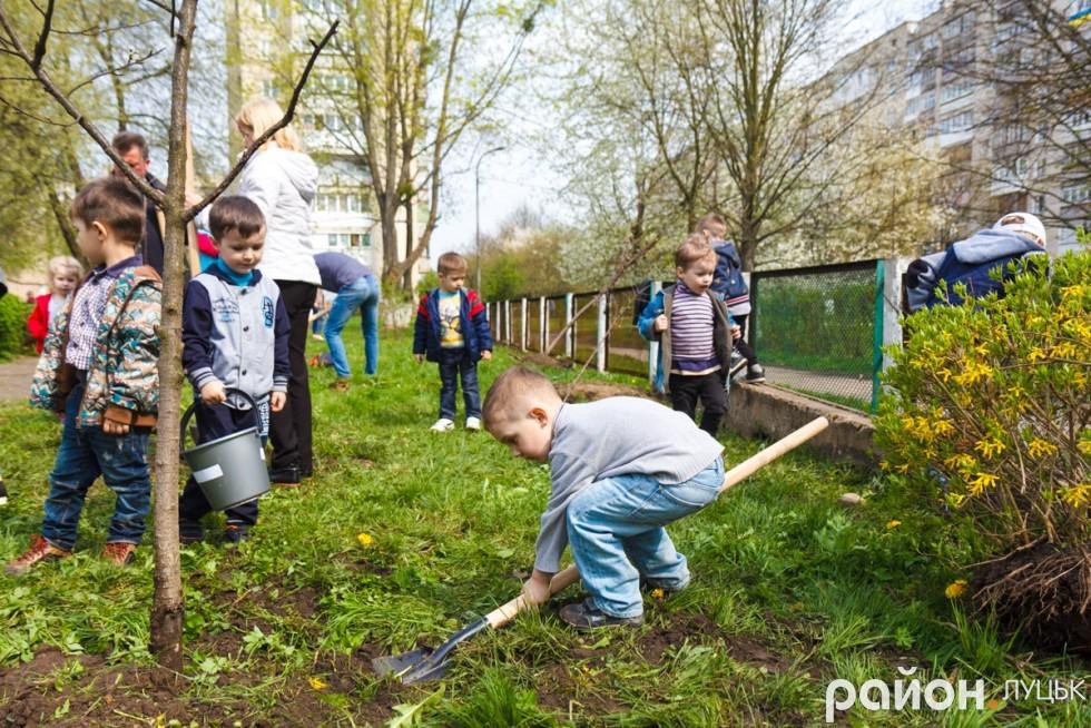 """Вишневий сад у дитсадку """"Радість"""" (ФОТО), фото-26"""