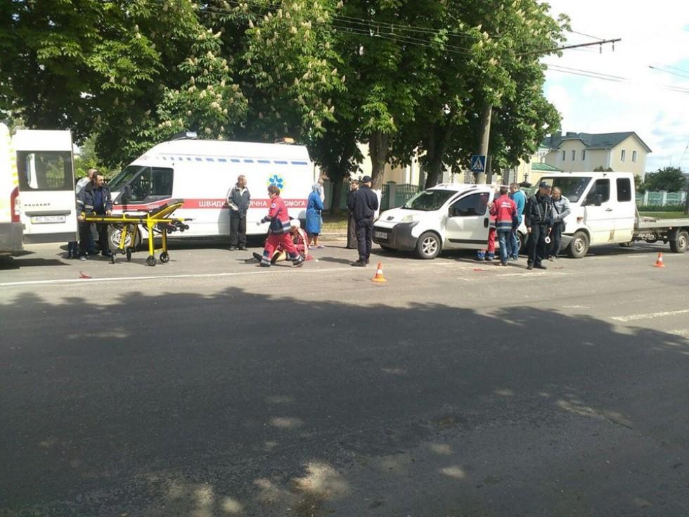 Вчора у ДТП постраждала жінка та дитина (ФОТО), фото-1