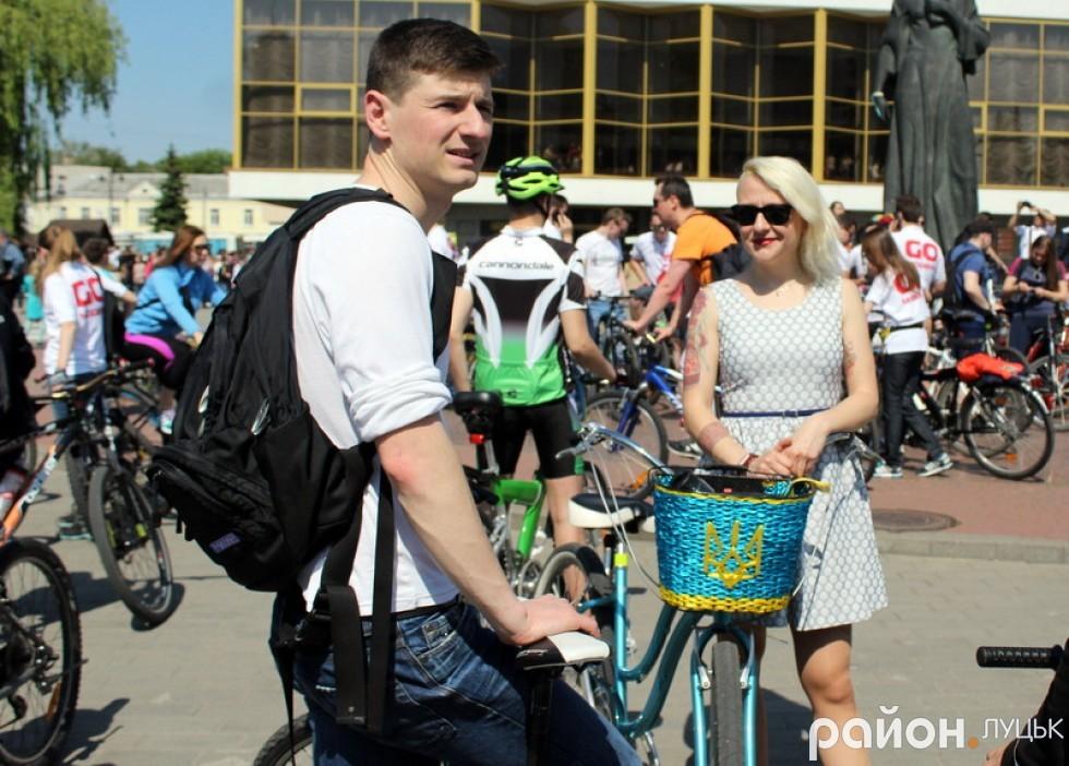 Ведуча Вікторія Жуковська зізналася, що їй з друзями довелося наздоганяти колону, але вони успішно фінішували разом зі всіма