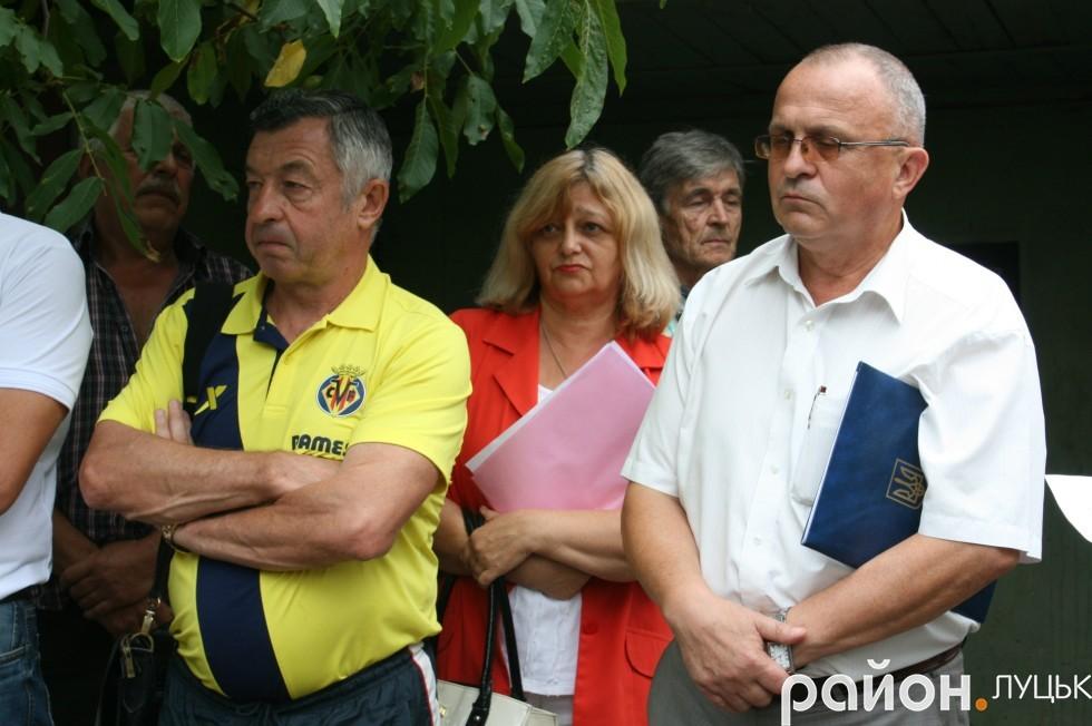 Депутат міськради Микола Дендіберін (зліва) та заступник начальника управління містобудування та архітектури Ярослав Матвіїв.