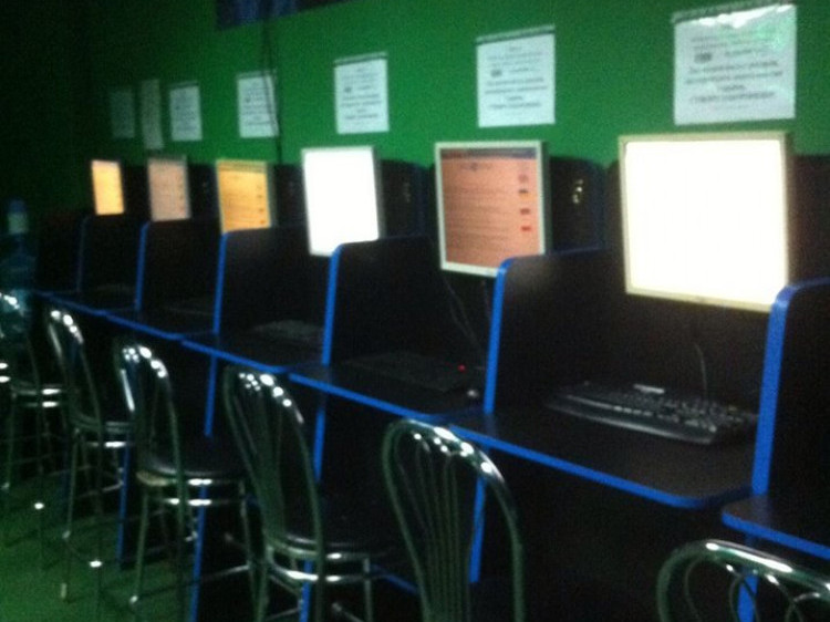 Гральні заклади працювали під виглядом інтернет-клубів