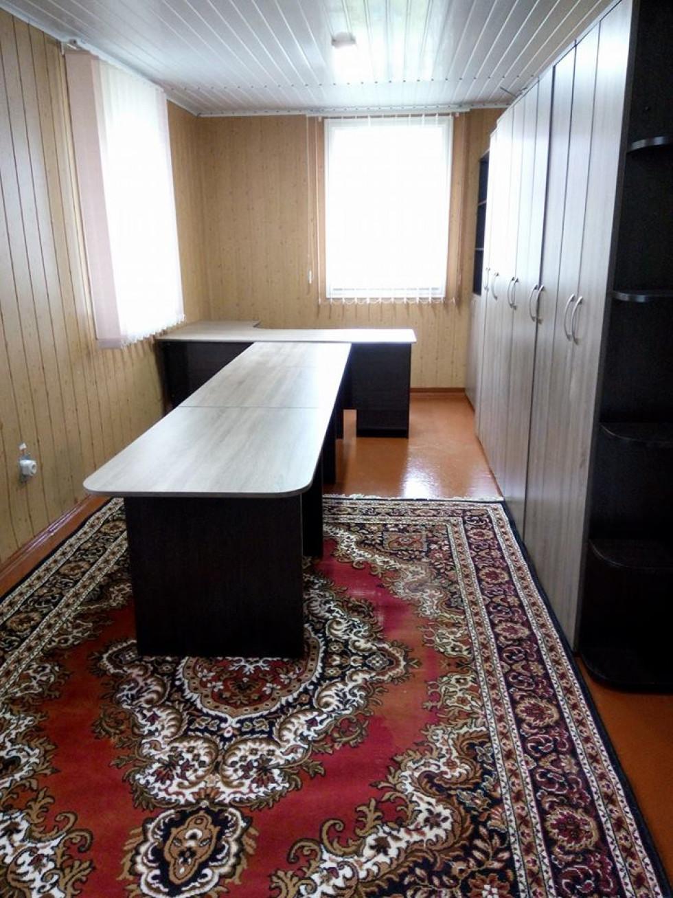 Нові меблі у клубі села Сирники
