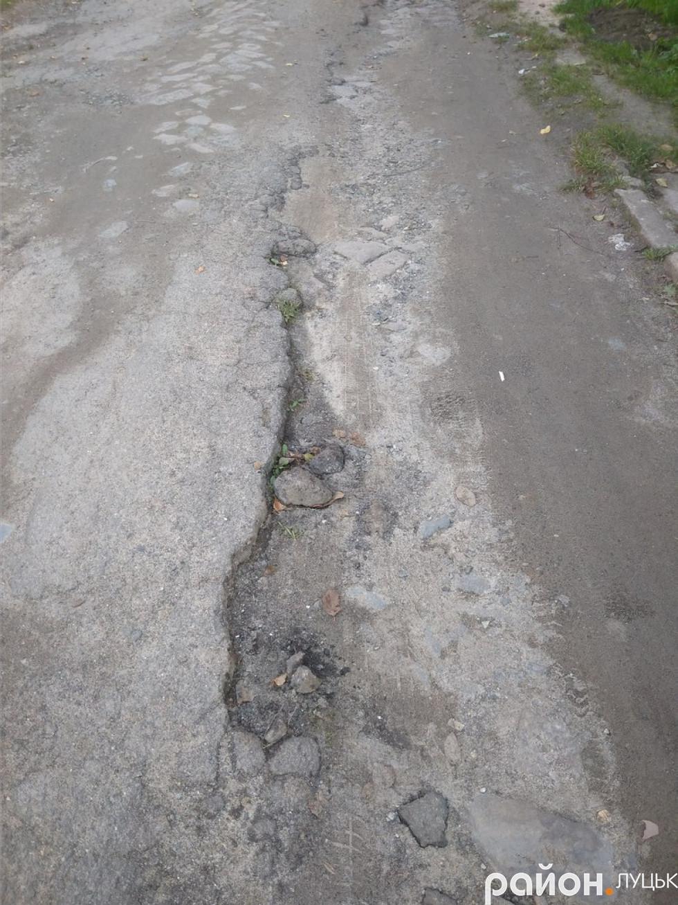 Дорога, яка веде до Богдана Хмельницького