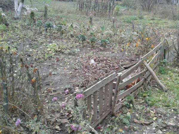 Самовільно встановлений паркан