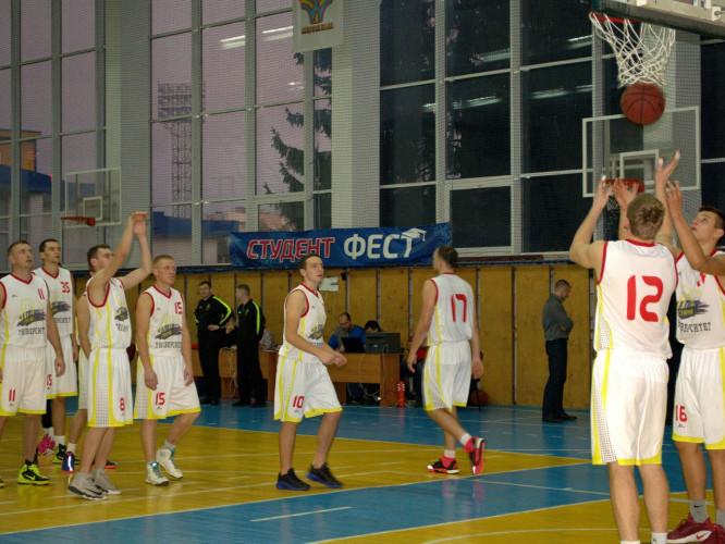 Головна команда БК «Старий Луцьк»